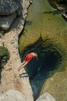 Jacob's Well has four chambers
